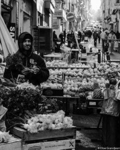 Markthändler, Noailles, Marseille. Bild: Elise Grandjean